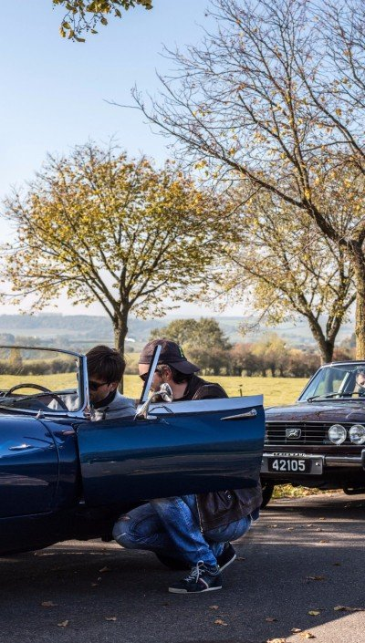 Sunday drive Jaguar E-type