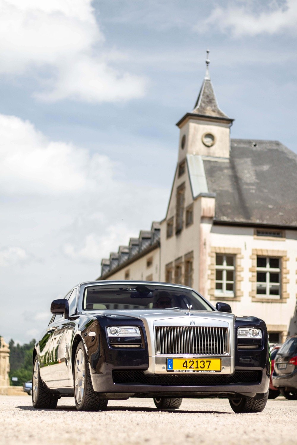 Front in court - Emily - Rolls Royce Ghost - Ansembourg
