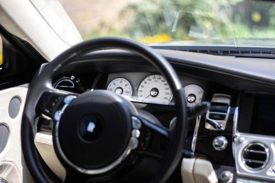 Steering wheel and dials - Emily - Rolls Royce Ghost
