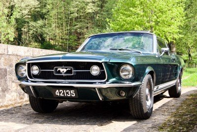Tilly - 1967 Ford Mustang Convertible V8 - front on bridge
