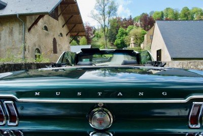 Tilly - 1967 Ford Mustang Convertible V8 - trunk view