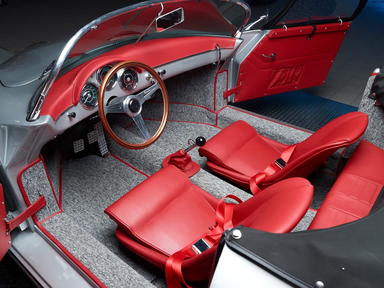 RCH 356 silver grey red interior 2