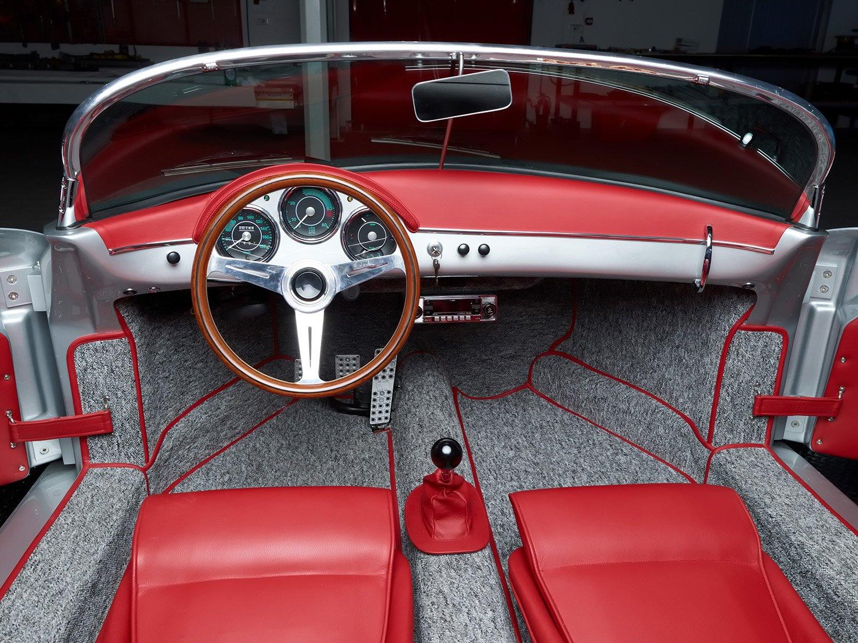 RCH 356 silver grey red interior