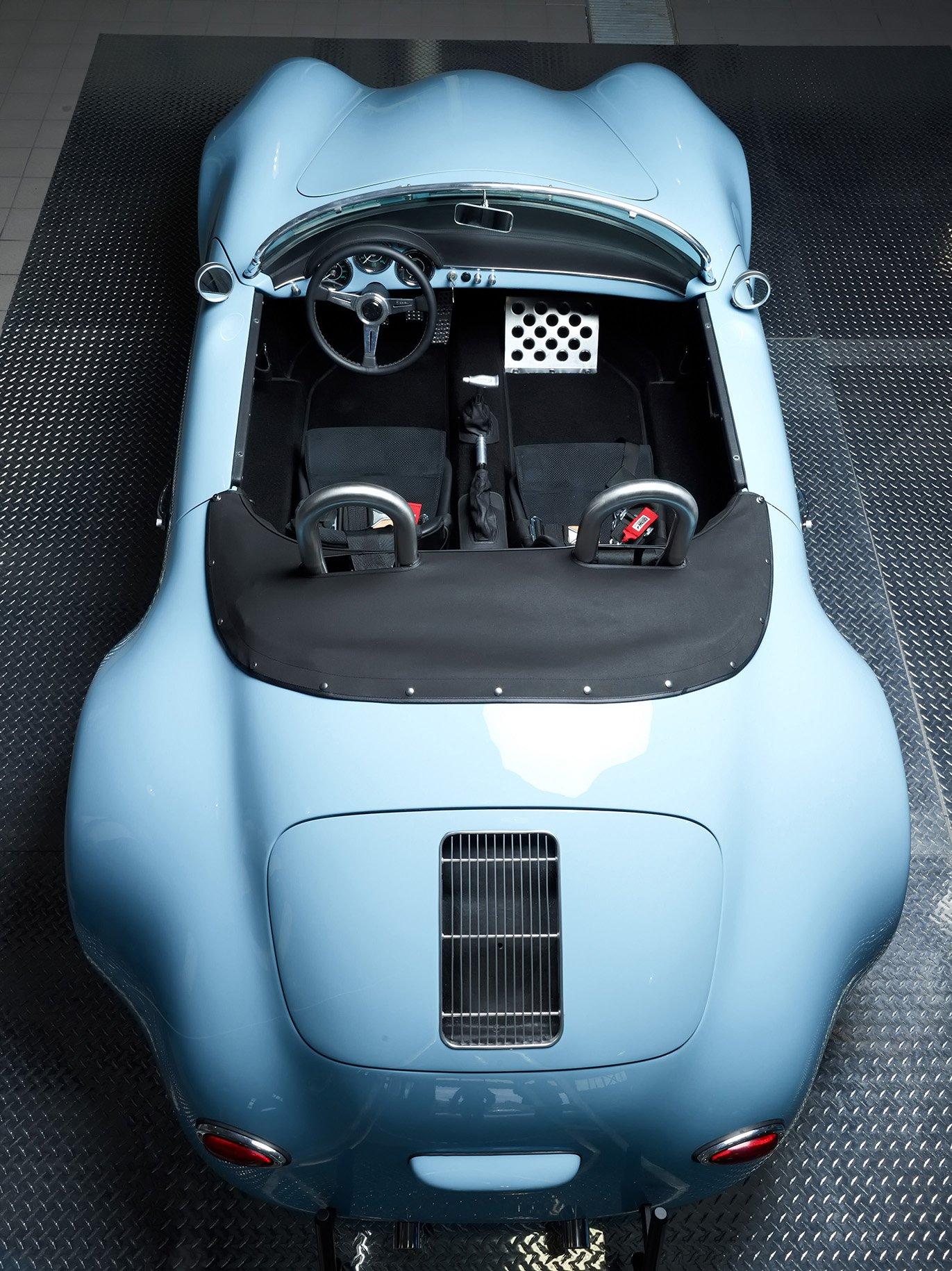 RCH 356 Wide Body Blue top