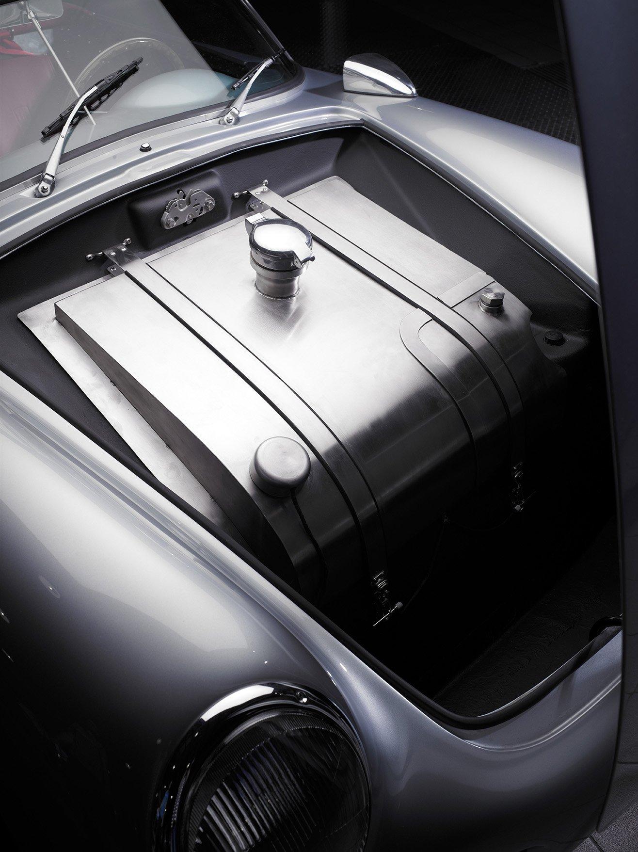 RCH 550 Fuel Tank