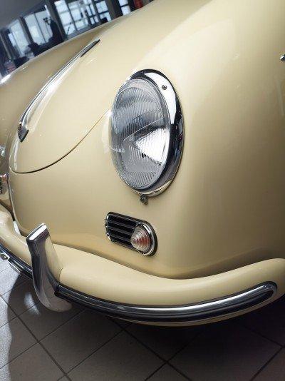 RCH 356 Cream Headlight