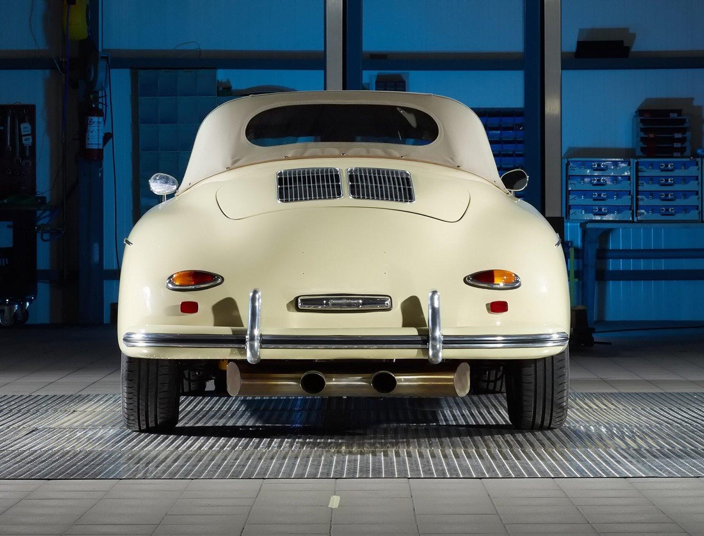 RCH 356 Cream Beige Interior