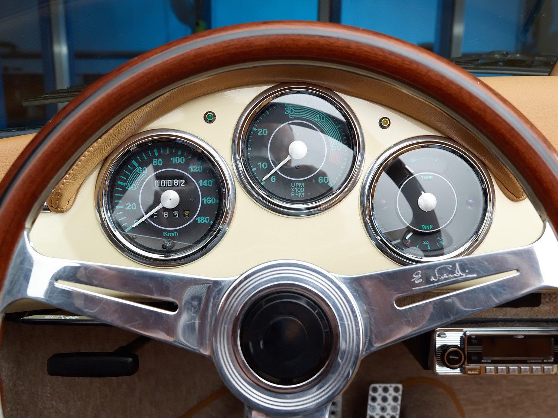 RCH 356 Cream steering wheel
