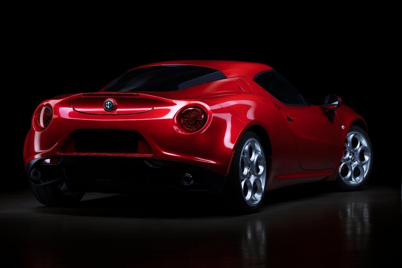 Aurora |2016 Alfa Romeo 4C |Auto Reflection by Baptiste Griselle