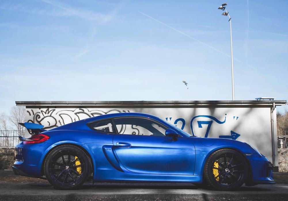 Hannah - Porsche Cayman GT4 Clubsport