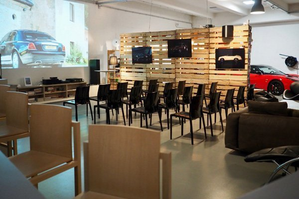 host a conference at the cartell