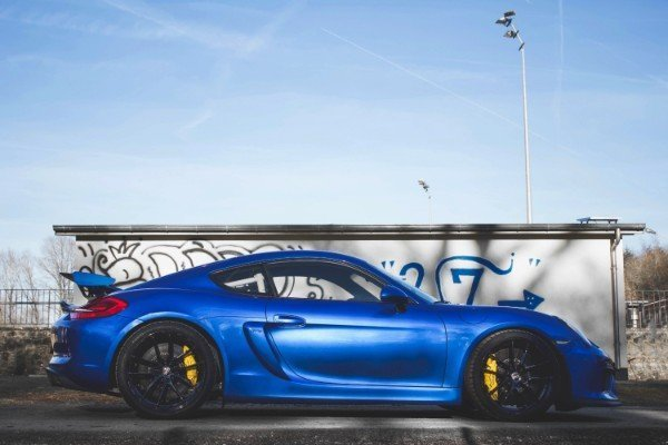 Photoshoot with Fares Hammoud The Cartell Porsche Cayman GT4 Clubsport 1