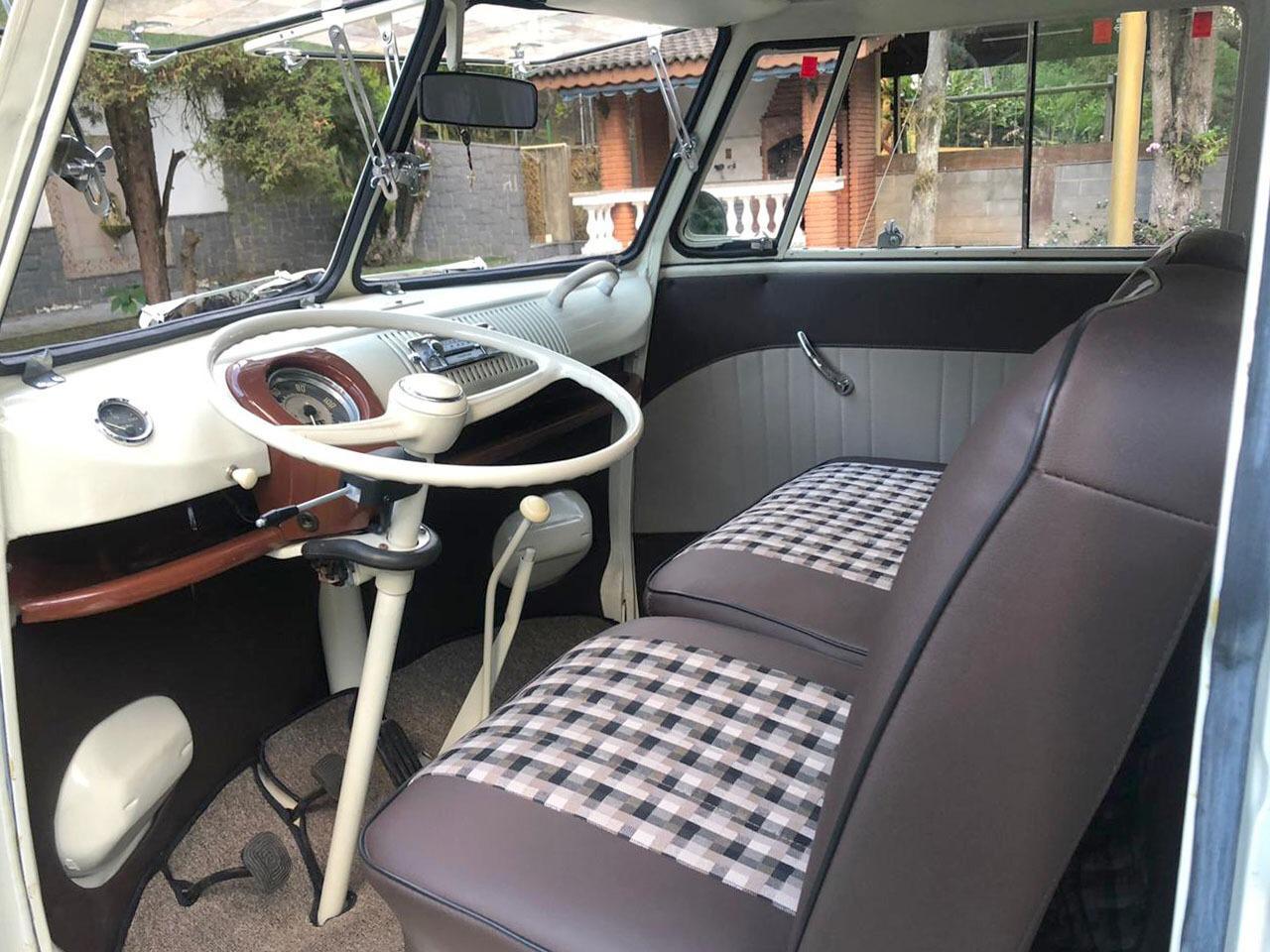 Classic Volkswagen T1 Bus steering wheel |Maya |The Car'tell Members Only
