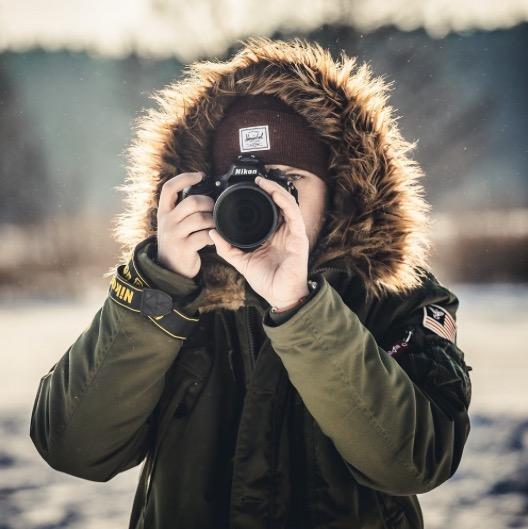 Book your photoshoot with Igor Sinitsin